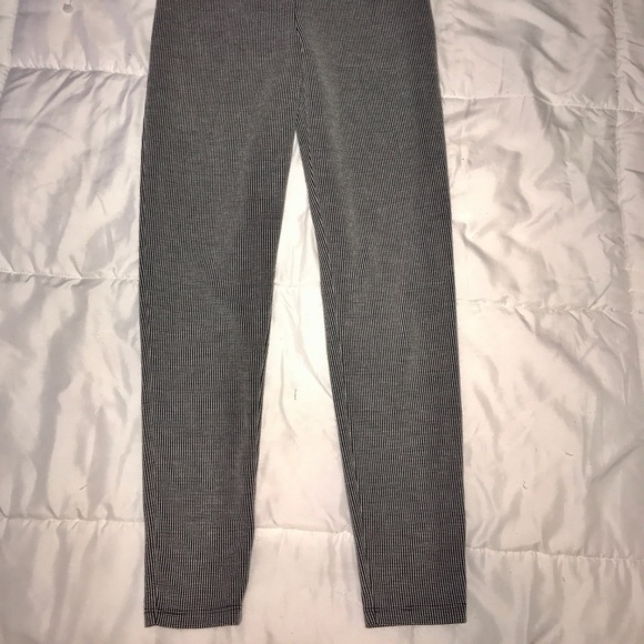 Forever 21 Pants - Thick black and white leggings